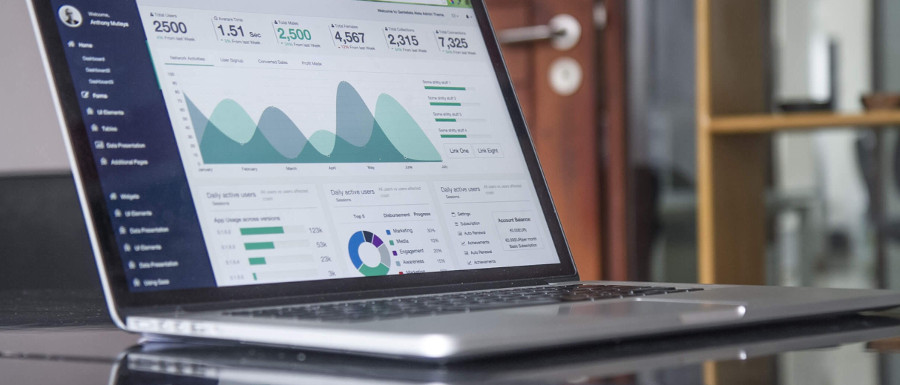 data showing the benefits of infographics on website traffic